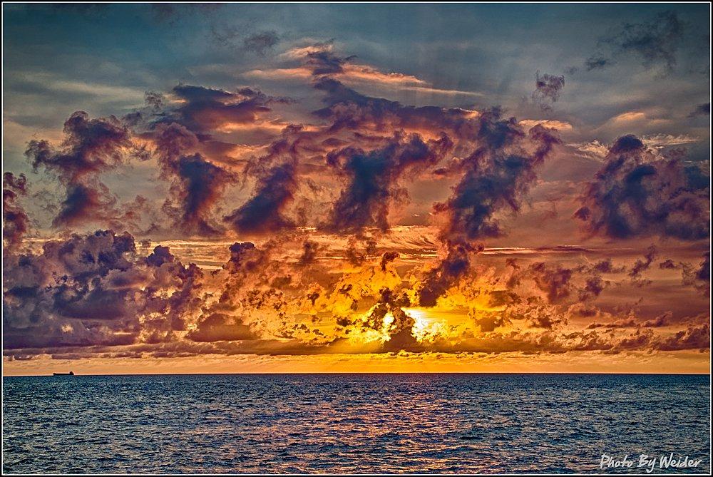 sunset-20160618-02.jpg